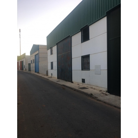NAVE INDUSTRIAL - GINES
